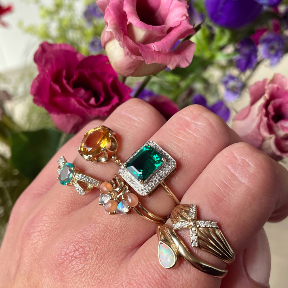 vintage sieraden gouden ringen met edelsteen