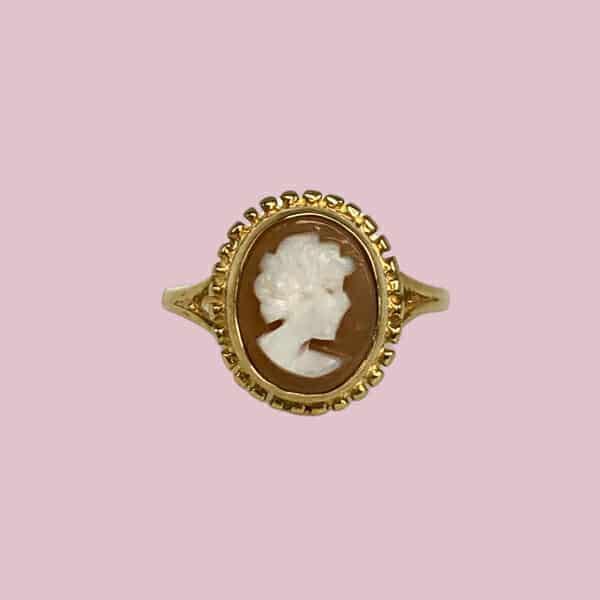 vintage cameo ring goud