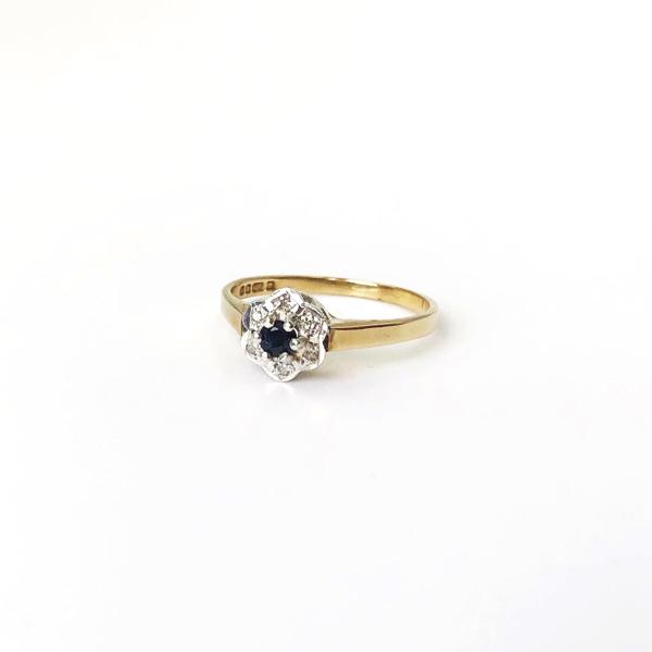 ring bloem diamant en saffier