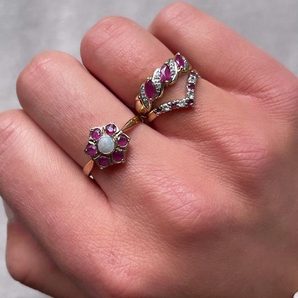 ringen met robijn en diamant, zirkonia en opaal