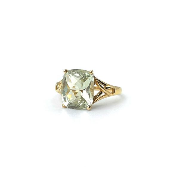 vintage gouden ring met groene amethist cushion cut rechthoekig