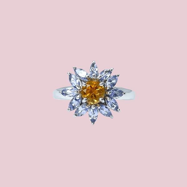 witgouden ring bloem model gele citrien en lila ioliet vintage ring