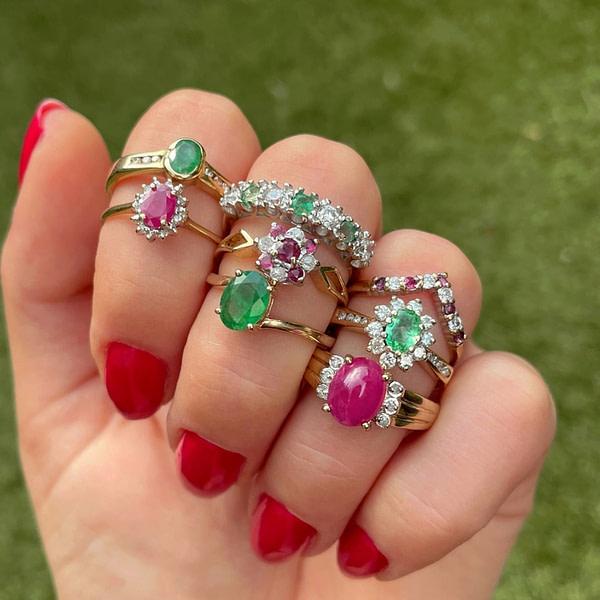 vintage ringen met robijn en smaragd