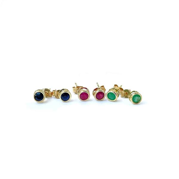 vintage gouden oorstekers met edelsteen saffier robijn smaragd