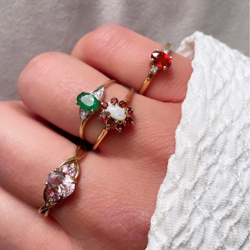 tweedehands edelsteen ring